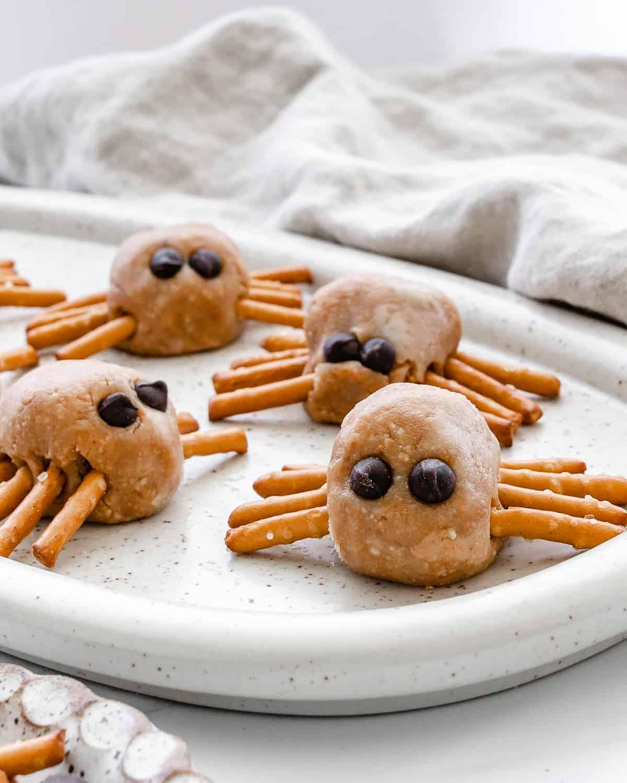 Halloween Peanut Butter Spiders