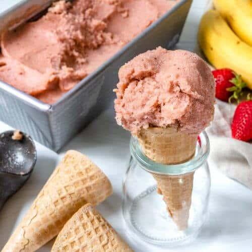 Banana Strawberry Ice Cream Plant Based on a Budget 1
