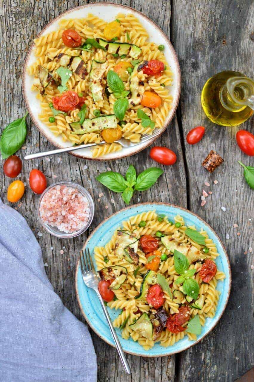 Super-Easy Pasta Salad   Plant-Based On a Budget   #pasta #salad #picnic #healthy #easy #recipe #plantbasedonabudget