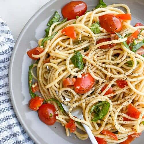 Simple Pasta with Tomatoes and Basil steps Resized 13 1