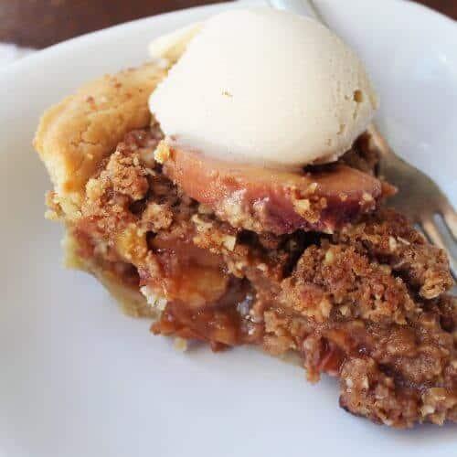 peach crmb pie 1 scaled